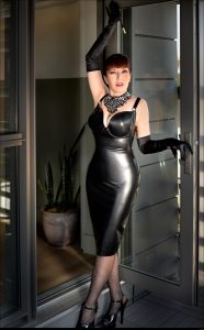 Madame Nicole mature dominatrix